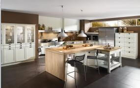 Large Modern Kitchen Space